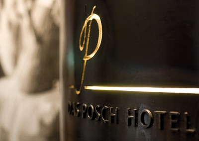 stefan_hoecherl_poschhotel_oberammergau_eingang